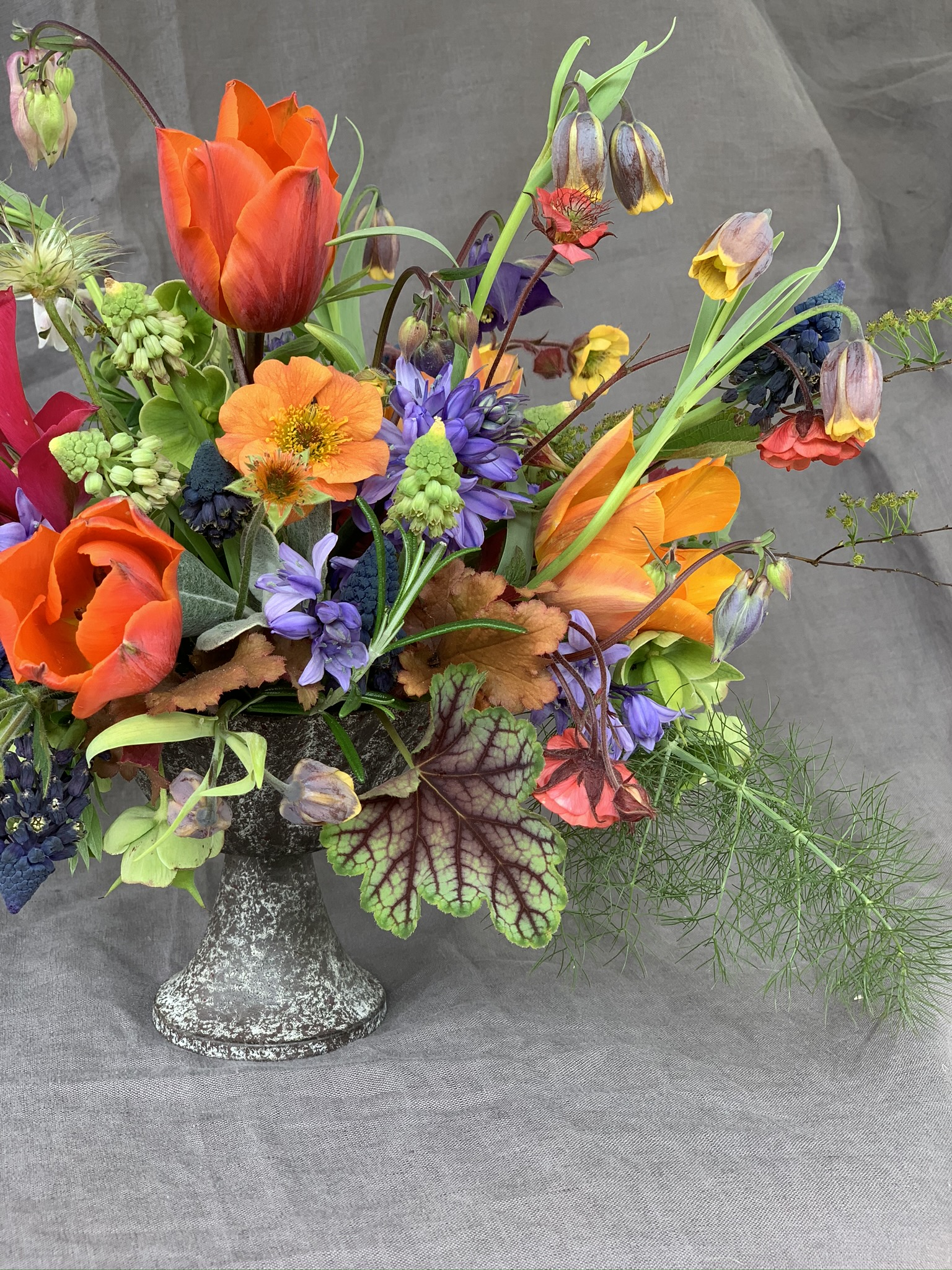 Spring table centre